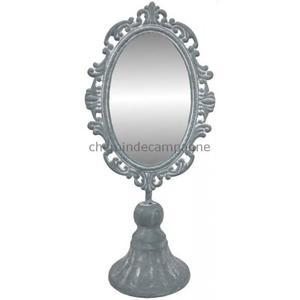 petit miroir sur pied